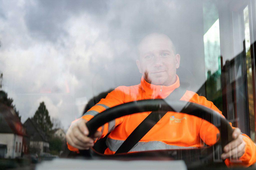 Fahrer Müllentsorgung